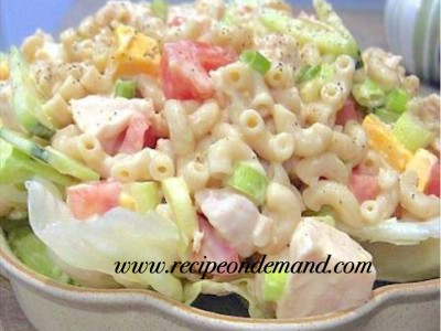 Chicken With Creamy Pasta Salad