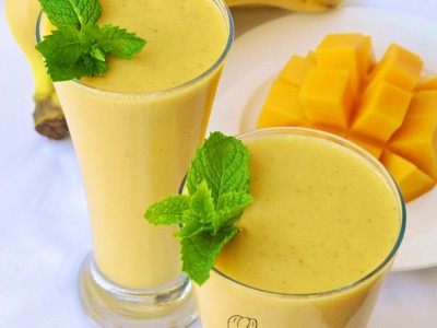 Mango and Banana Shake
